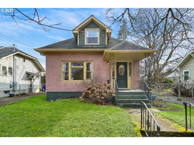 2134 N Willamette Blvd, Portland, OR 97217 (MLS #21335972) :: Change Realty