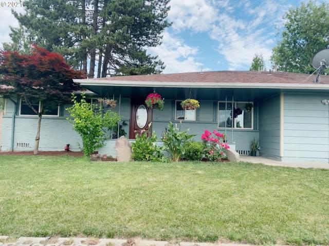 944 SE 217TH Ave, Gresham, OR 97030 (MLS #21337437) :: Brantley Christianson Real Estate