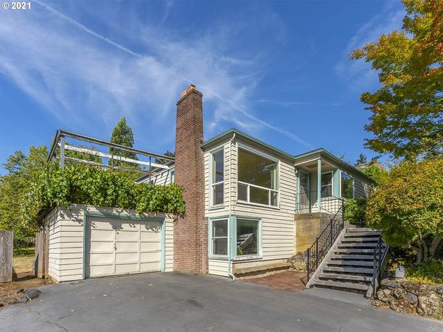 8825 SW 35TH Ave, Portland, OR 97219 (MLS #21339217) :: Keller Williams Portland Central