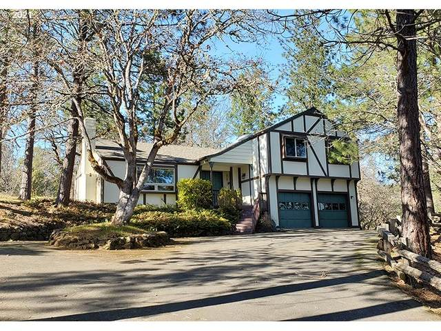 120 Crystal Dr, Grants Pass, OR 97527 (MLS #21340254) :: The Liu Group