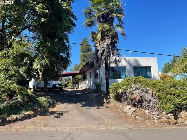 836 W Pilger St, Roseburg, OR 97471 (MLS #21342830) :: Fox Real Estate Group
