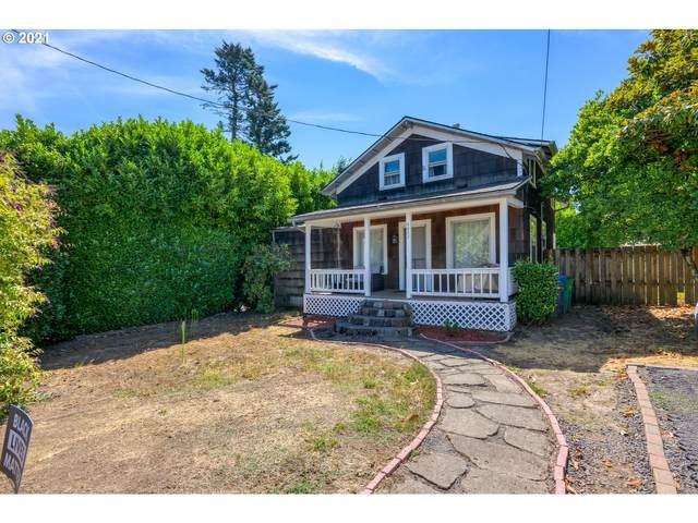 4442 SW Galeburn St, Portland, OR 97219 (MLS #21342947) :: Holdhusen Real Estate Group