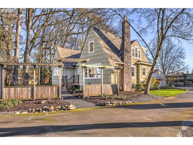 410 NE Evergreen Rd, Hillsboro, OR 97124 (MLS #21343344) :: Fox Real Estate Group