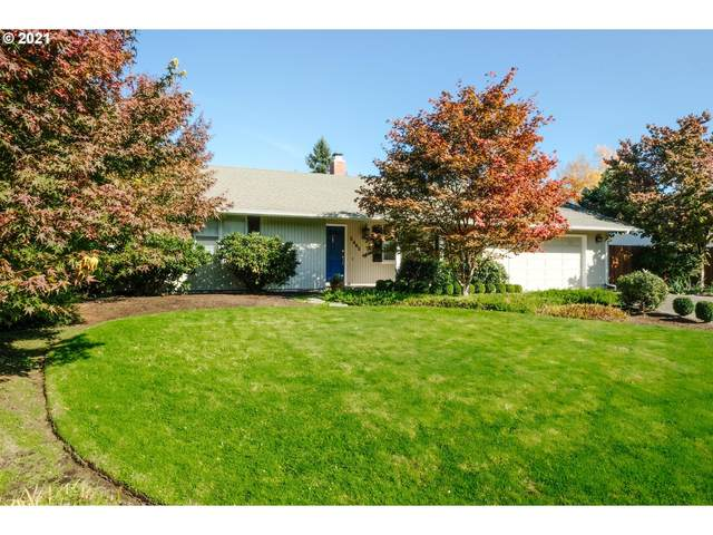 3465 Bardell Ave, Eugene, OR 97401 (MLS #21343580) :: Premiere Property Group LLC