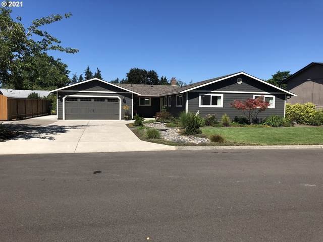 2655 N Maple Ct, Canby, OR 97013 (MLS #21343654) :: McKillion Real Estate Group