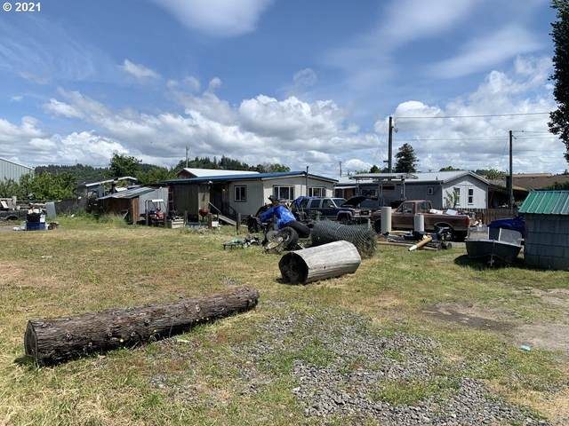 170 N 10TH St, Lakeside, OR 97449 (MLS #21344416) :: The Haas Real Estate Team