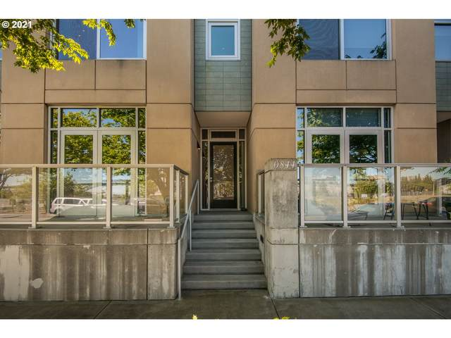 844 S Curry St N #108, Portland, OR 97239 (MLS #21344700) :: Real Tour Property Group