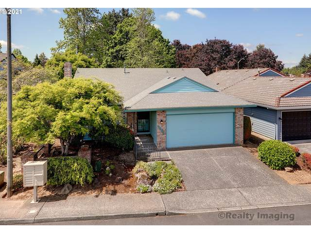 2259 NE 152ND Ave, Portland, OR 97230 (MLS #21344715) :: The Haas Real Estate Team