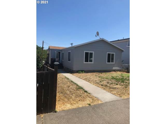 517 W 14TH, The Dalles, OR 97058 (MLS #21344926) :: McKillion Real Estate Group