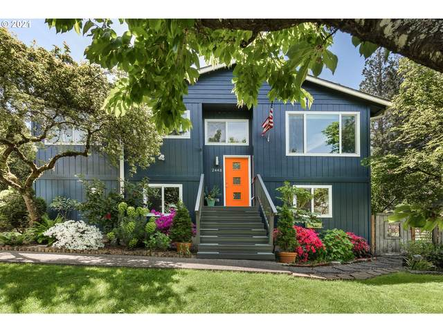 2448 SW Stephenson St, Portland, OR 97219 (MLS #21345405) :: Song Real Estate