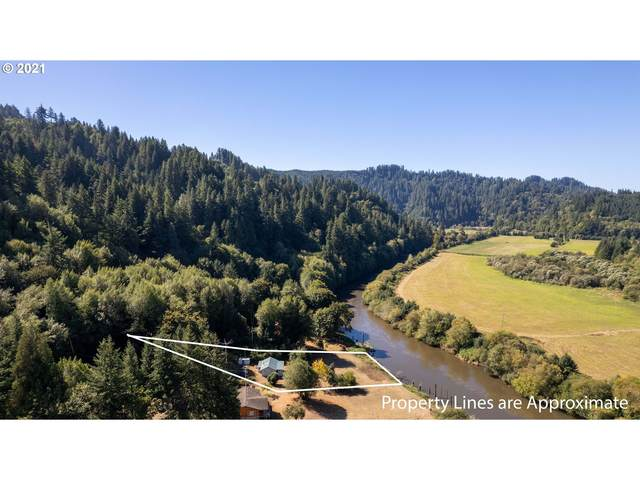 98397 Stian Smith Ln, Coos Bay, OR 97420 (MLS #21347335) :: Windermere Crest Realty