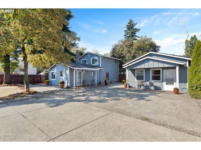 2407 SE 93RD Ave, Portland, OR 97216 (MLS #21347458) :: Coho Realty