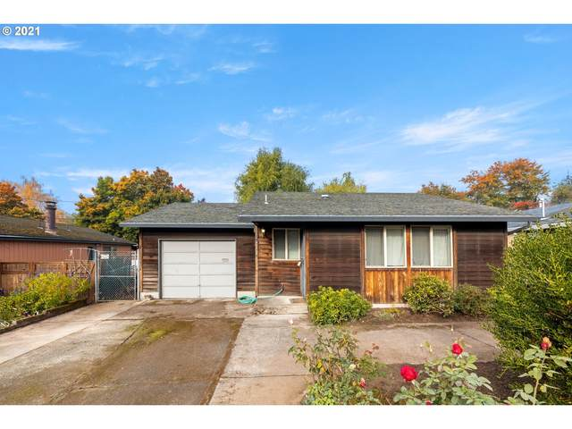2411 NE Saratoga St, Portland, OR 97211 (MLS #21348625) :: McKillion Real Estate Group