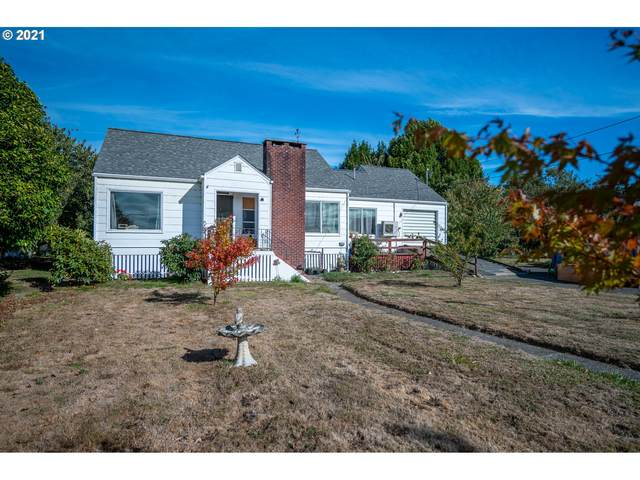 55561 Fishtrap Rd, Coquille, OR 97423 (MLS #21348918) :: The Pacific Group
