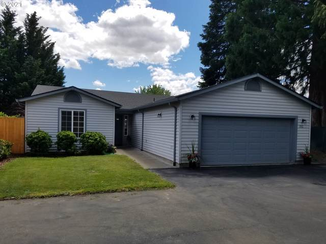 520 E Melody Ln, Newberg, OR 97132 (MLS #21350037) :: Townsend Jarvis Group Real Estate