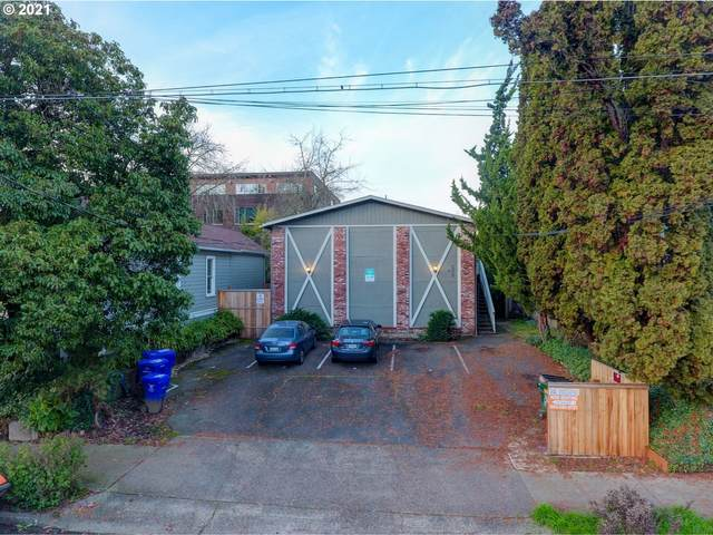 2521 NW Savier St, Portland, OR 97210 (MLS #21350484) :: Song Real Estate