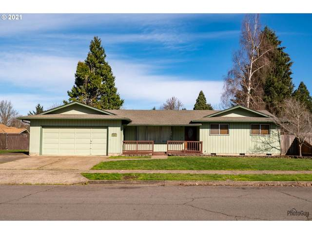6636 E St, Springfield, OR 97478 (MLS #21352607) :: Real Tour Property Group