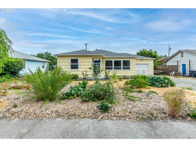 1390 M St, Springfield, OR 97477 (MLS #21353528) :: Song Real Estate
