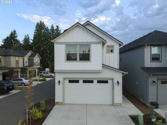 5616 NE 59th Way, Vancouver, WA 98661 (MLS #21354000) :: Brantley Christianson Real Estate