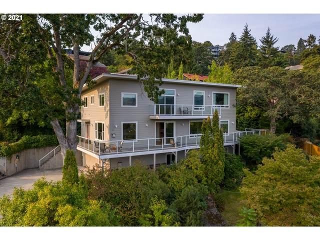 414 E 3RD St, Hood River, OR 97031 (MLS #21354280) :: Premiere Property Group LLC