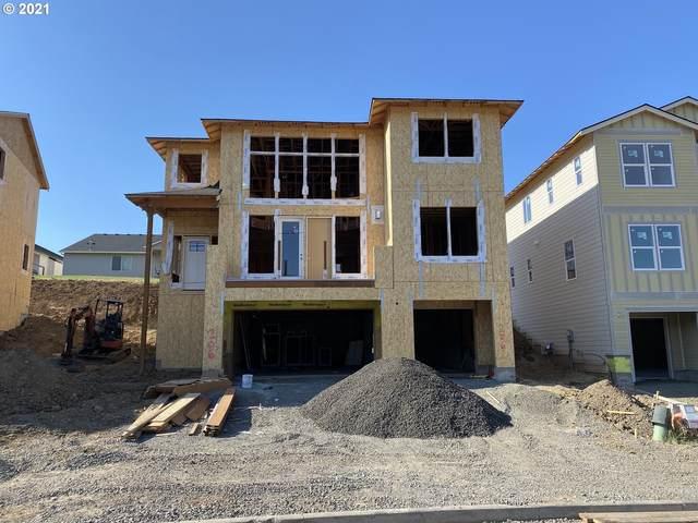 206 E Taylor Dr, Newberg, OR 97132 (MLS #21354328) :: Holdhusen Real Estate Group