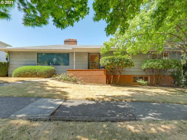 1807 SE 104TH Ave, Portland, OR 97216 (MLS #21356373) :: Fox Real Estate Group