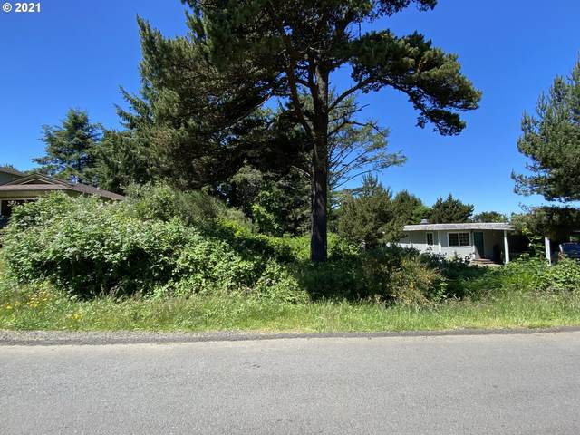 500 SE Jetty Ave, Lincoln City, OR 97367 (MLS #21357338) :: Beach Loop Realty