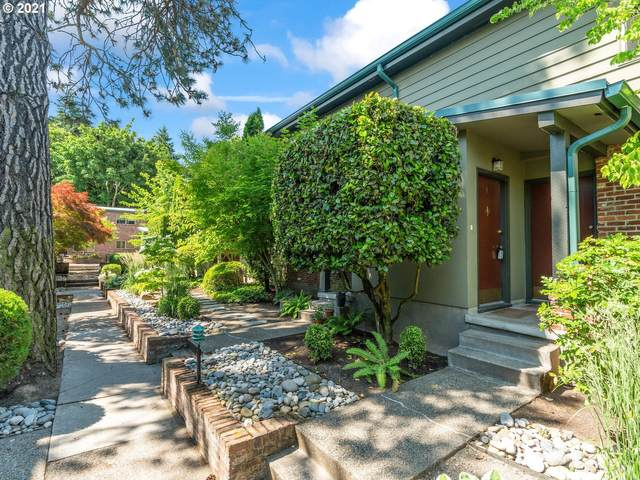 908 SW Gaines St #4, Portland, OR 97239 (MLS #21360020) :: Song Real Estate