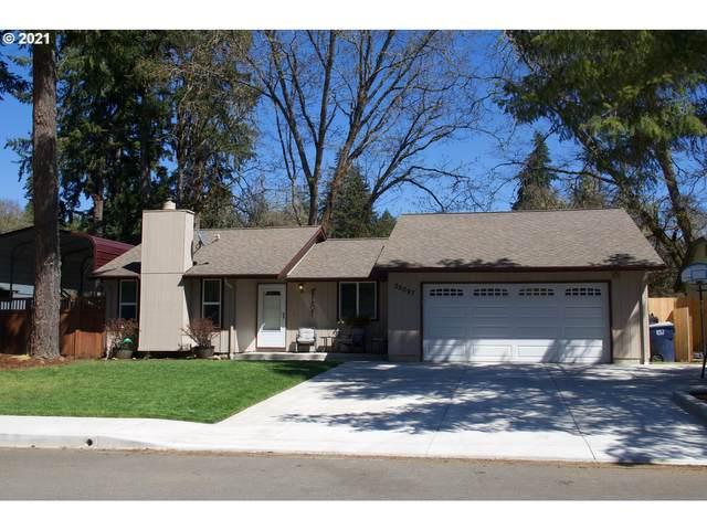 25097 Territorial Ct, Veneta, OR 97487 (MLS #21360572) :: TK Real Estate Group