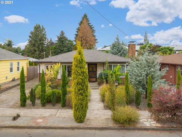 2437 SE 66TH Ave, Portland, OR 97206 (MLS #21361213) :: Lux Properties