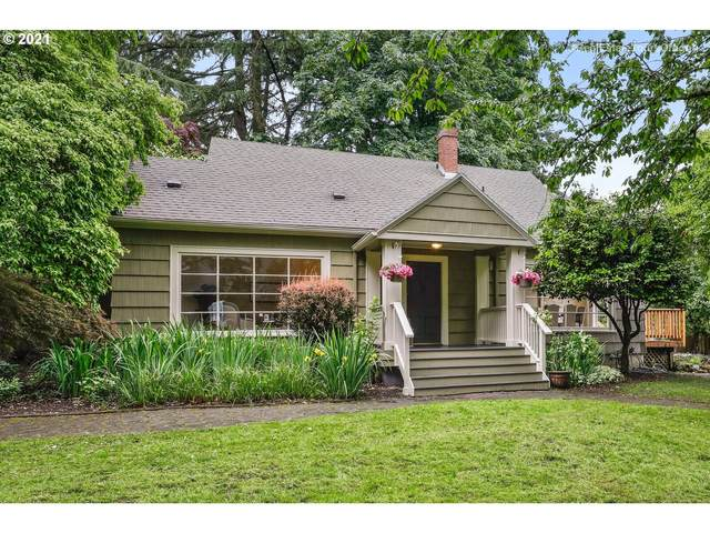 8930 SW 25TH Ave, Portland, OR 97219 (MLS #21361277) :: Real Tour Property Group