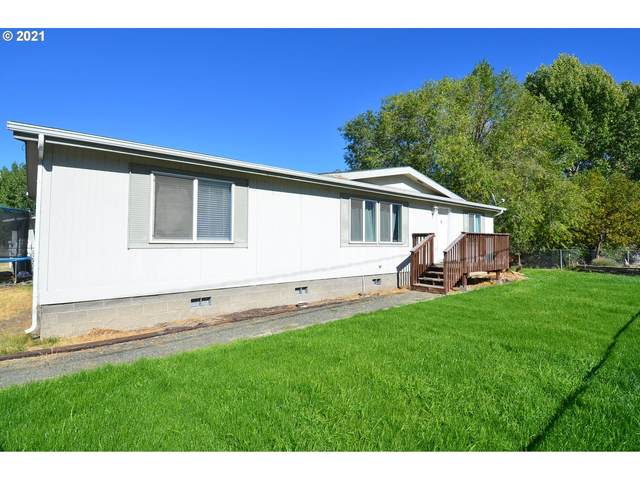 101 NE 7TH Ave, John Day, OR 97845 (MLS #21361933) :: The Haas Real Estate Team