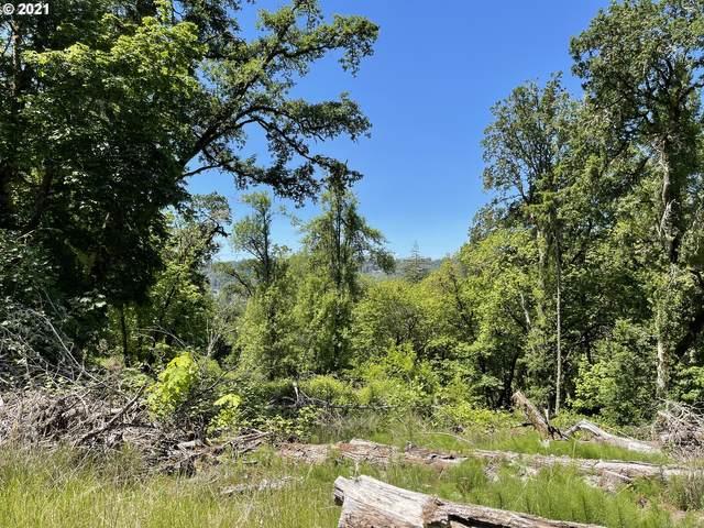 272 Deer Fern Way #9, Roseburg, OR 97470 (MLS #21363604) :: Townsend Jarvis Group Real Estate