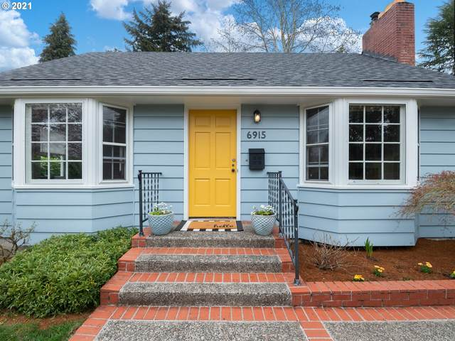 6915 SW Terwilliger Blvd, Portland, OR 97219 (MLS #21364759) :: Beach Loop Realty