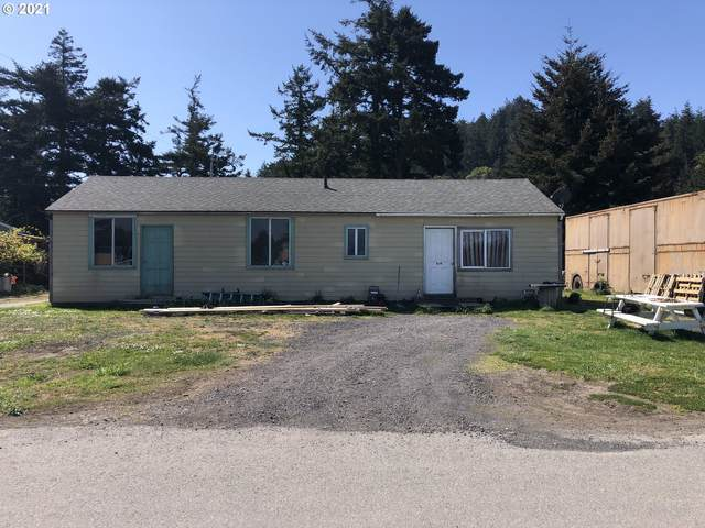 819 Twelfth St, Port Orford, OR 97465 (MLS #21366312) :: Tim Shannon Realty, Inc.