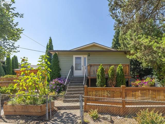 4202 SE Main St, Portland, OR 97215 (MLS #21368400) :: Holdhusen Real Estate Group