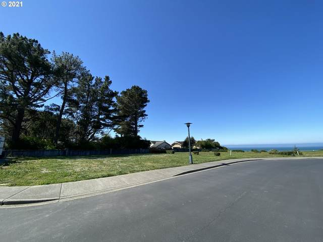 Sea Breeze Way #13, Brookings, OR 97415 (MLS #21368969) :: Tim Shannon Realty, Inc.