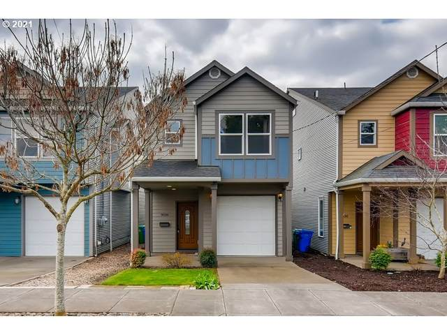9036 SE Oak St, Portland, OR 97216 (MLS #21369067) :: Premiere Property Group LLC