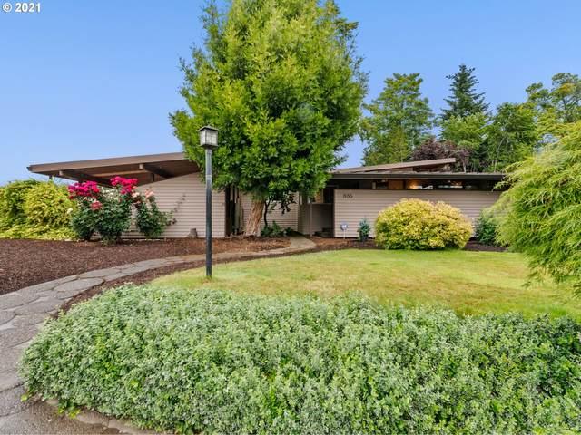 885 Garfield St, Woodburn, OR 97071 (MLS #21369872) :: Townsend Jarvis Group Real Estate