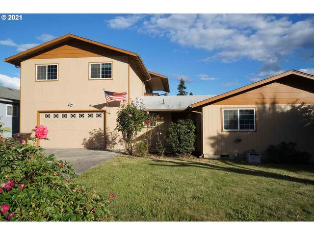 577 E Third Ave, Riddle, OR 97469 (MLS #21369955) :: Holdhusen Real Estate Group