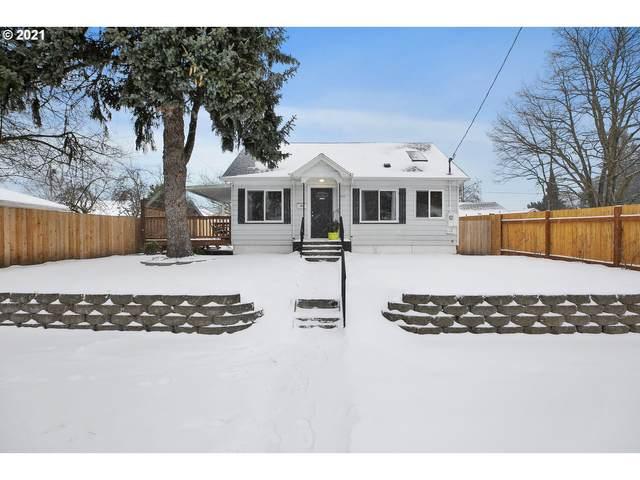 8421 SE Alder St, Portland, OR 97216 (MLS #21370055) :: Lux Properties