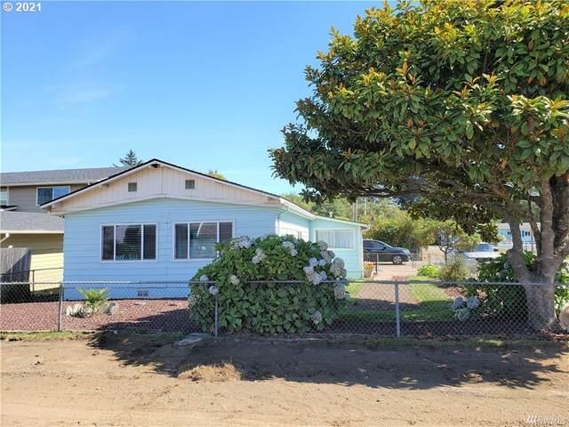 200 17TH St, Long Beach, WA 98631 (MLS #21371438) :: Premiere Property Group LLC