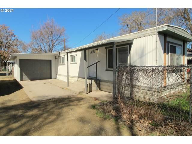 2710 Cherry St, La Grande, OR 97850 (MLS #21373408) :: Holdhusen Real Estate Group