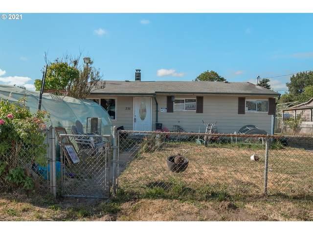 230 Hawthorne St, Kelso, WA 98626 (MLS #21375326) :: Reuben Bray Homes