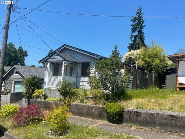 605 Burcham St, Kelso, WA 98626 (MLS #21376877) :: Next Home Realty Connection