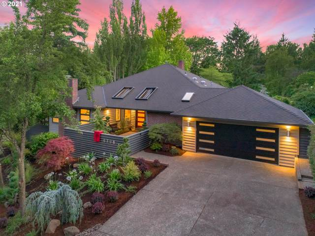 6796 SW Canyon Dr, Portland, OR 97225 (MLS #21377073) :: Real Tour Property Group
