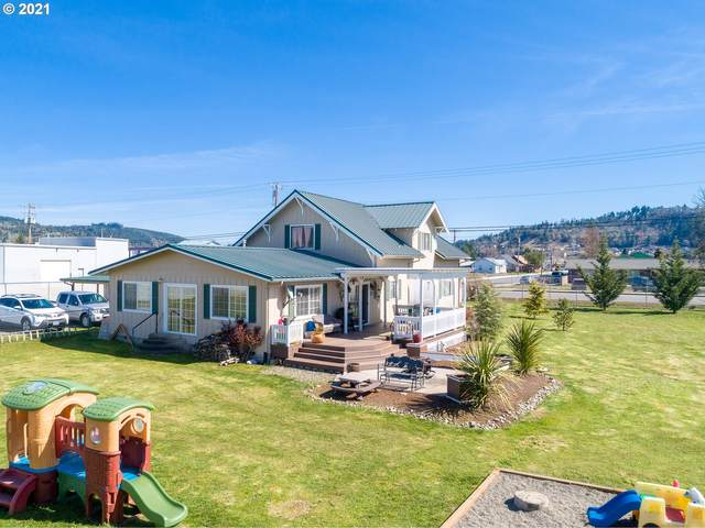 355 S Calapooia St, Sutherlin, OR 97479 (MLS #21378246) :: Fox Real Estate Group