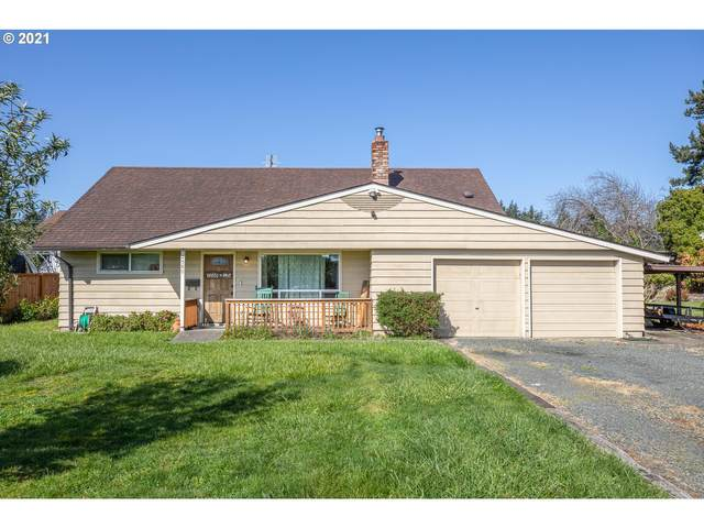 2580 Everett Ave, North Bend, OR 97459 (MLS #21378254) :: Song Real Estate