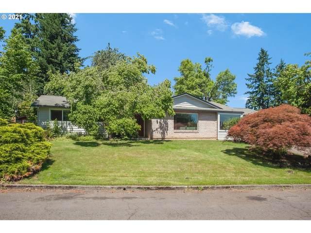5626 SE Hillwood Cir, Milwaukie, OR 97267 (MLS #21378271) :: McKillion Real Estate Group