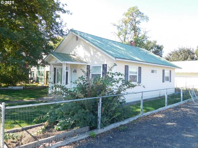 117 N Main St, Helix, OR 97835 (MLS #21378642) :: Holdhusen Real Estate Group